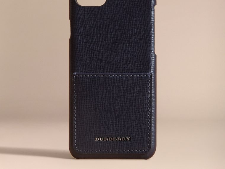 Grainy Leather iPhone 7 Case Dark Navy - cell image 4