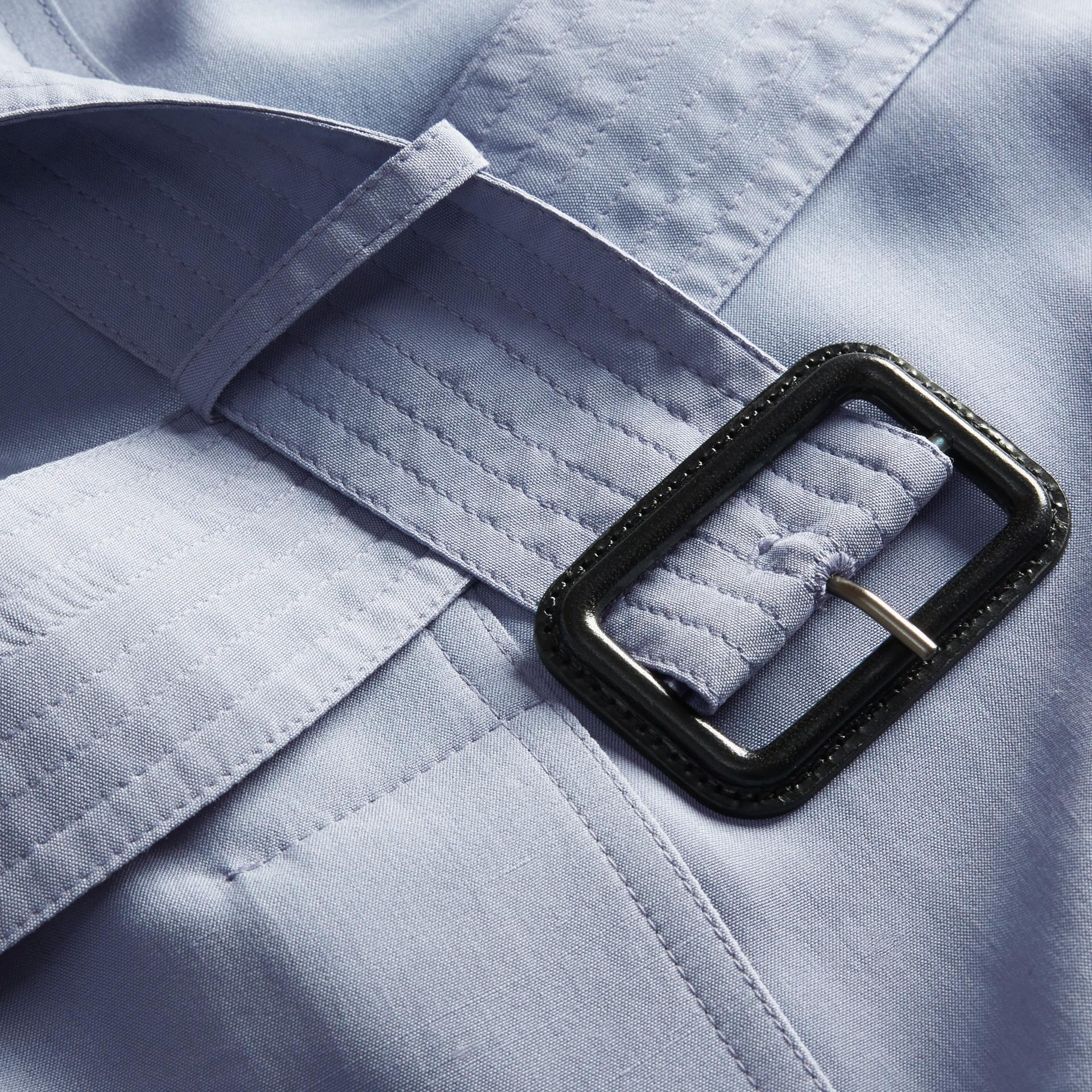 Bleu pâle Trench-coat portefeuille léger en soie flammée - photo de la galerie 2
