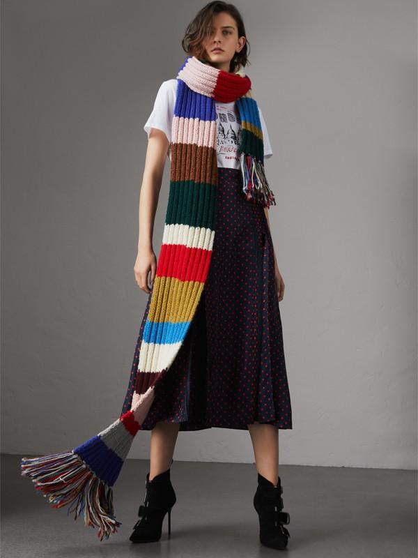 Bufanda extralarga en punto acanalado de lana a franjas de colores (Variados) | Burberry - cell image 2