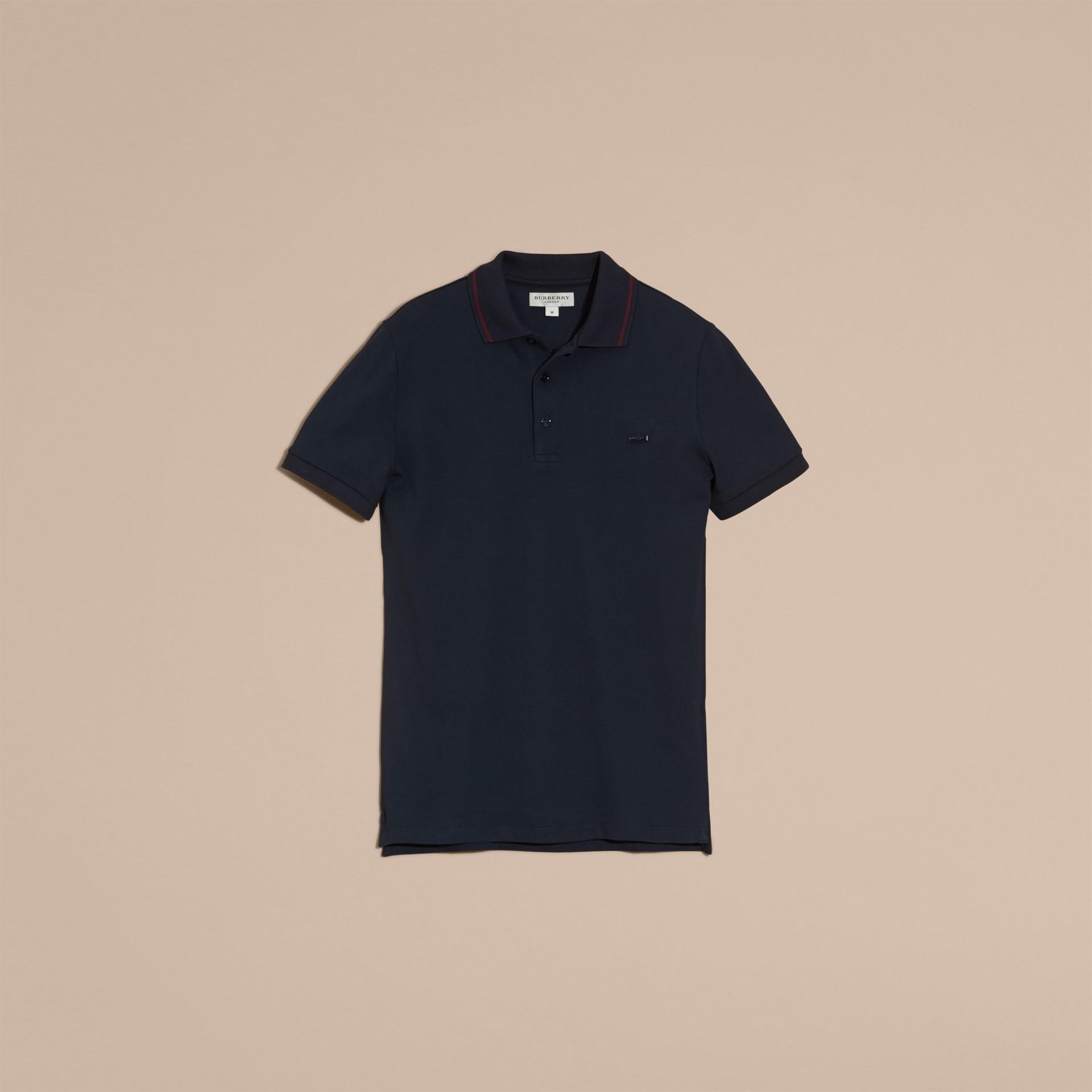 Azul marinho//mahogany red Camisa polo de algodão piquê com detalhes contrastantes Azul Marinho//mahogany Red - galeria de imagens 4