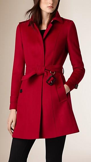 Trench-coat en laine et cachemire avec éléments plissés