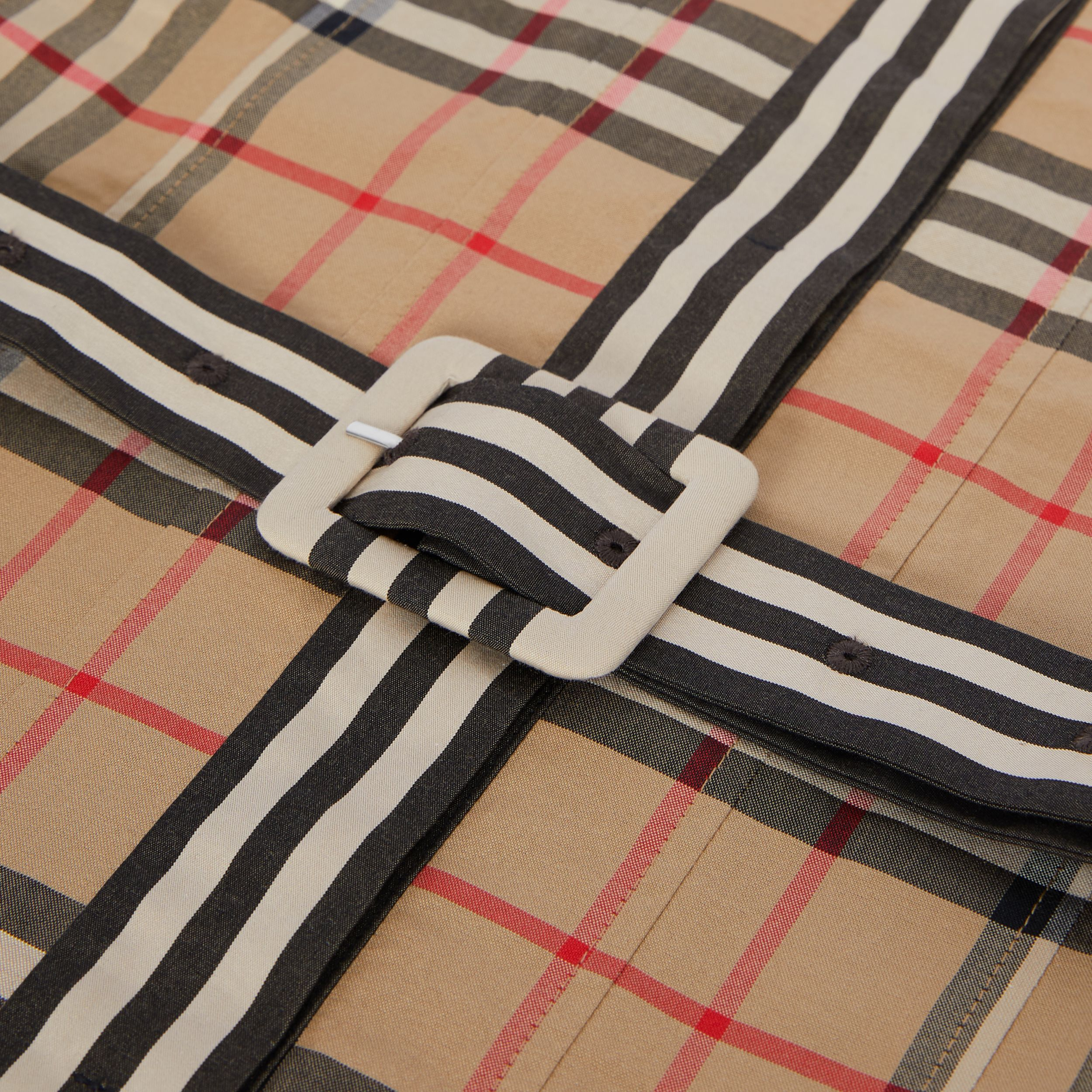 Contrast Collar Vintage Check Cotton Dress in Archive Beige | Burberry United Kingdom - 2