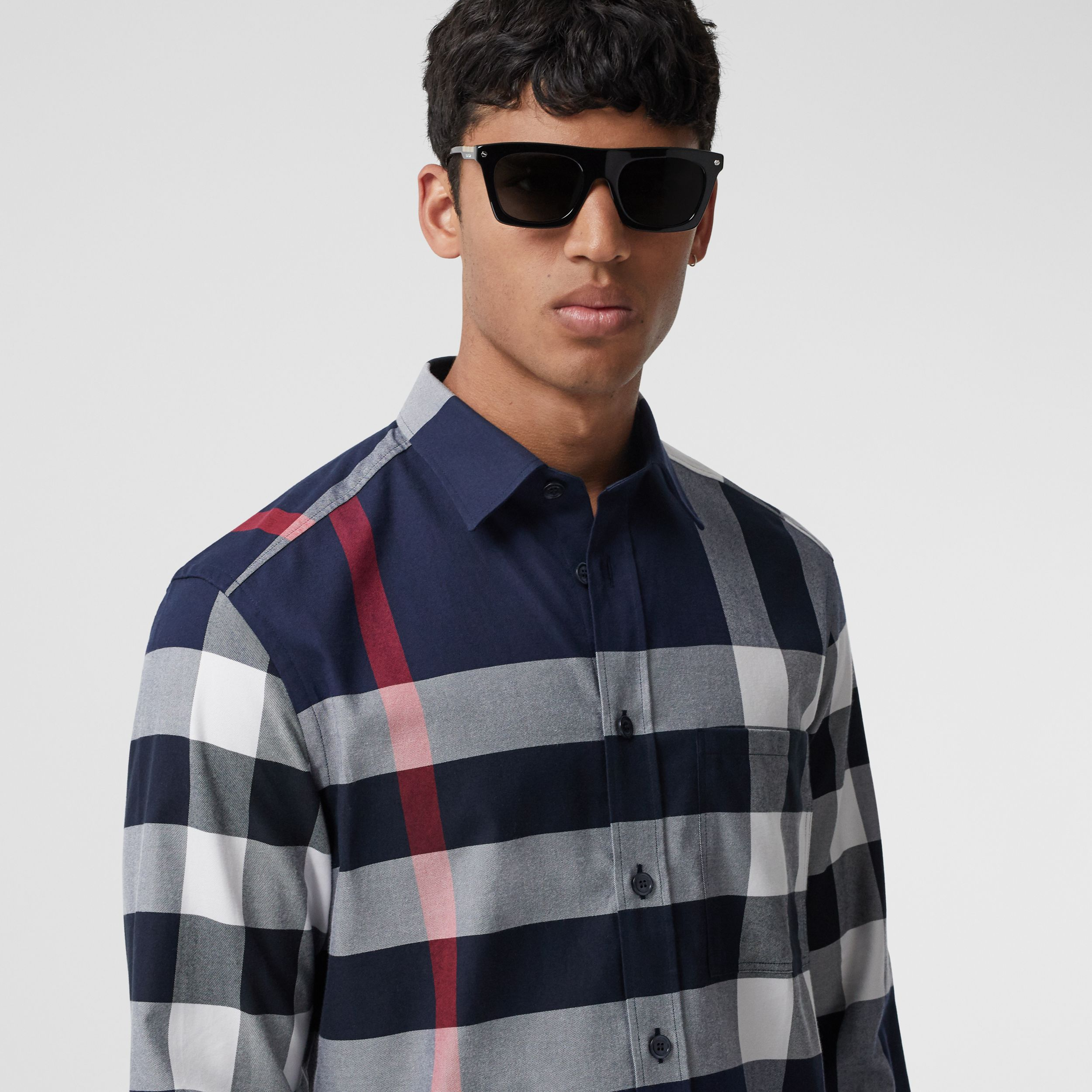 Check Cotton Flannel Shirt in Navy - Men | Burberry Canada - 2