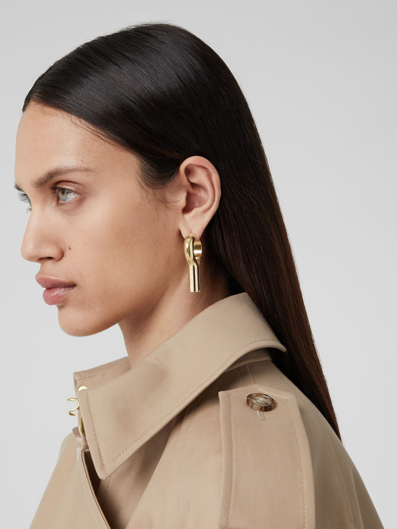 Gold-plated Keyhole Earrings in Light