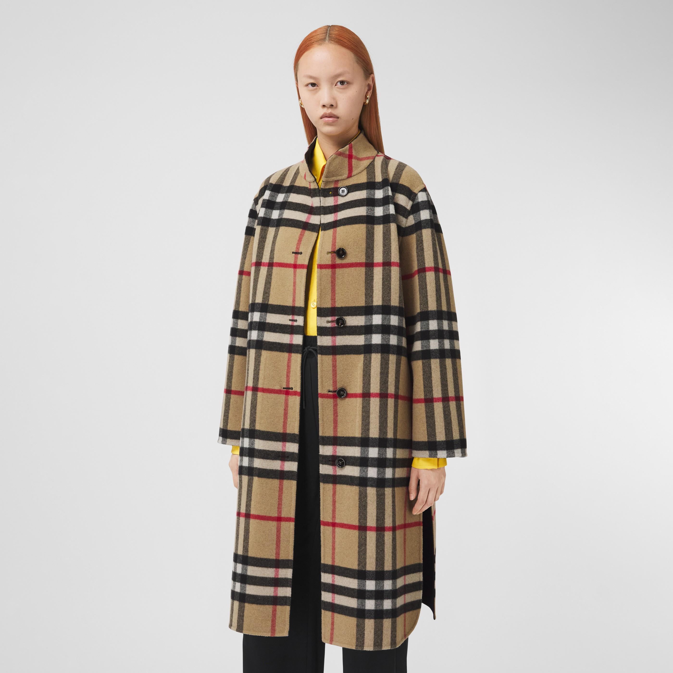 Cappotto reversibile in lana con motivo tartan (Beige Archivio) - Donna | Burberry - 7