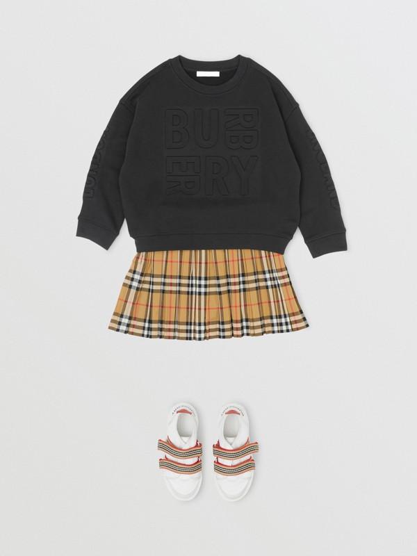 Suéter de algodão com logotipo em relevo (Preto) | Burberry - cell image 2