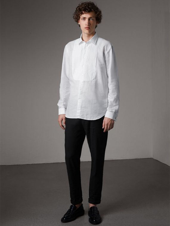 Modern Fit Linen Cotton Dress Shirt in White - Men | Burberry