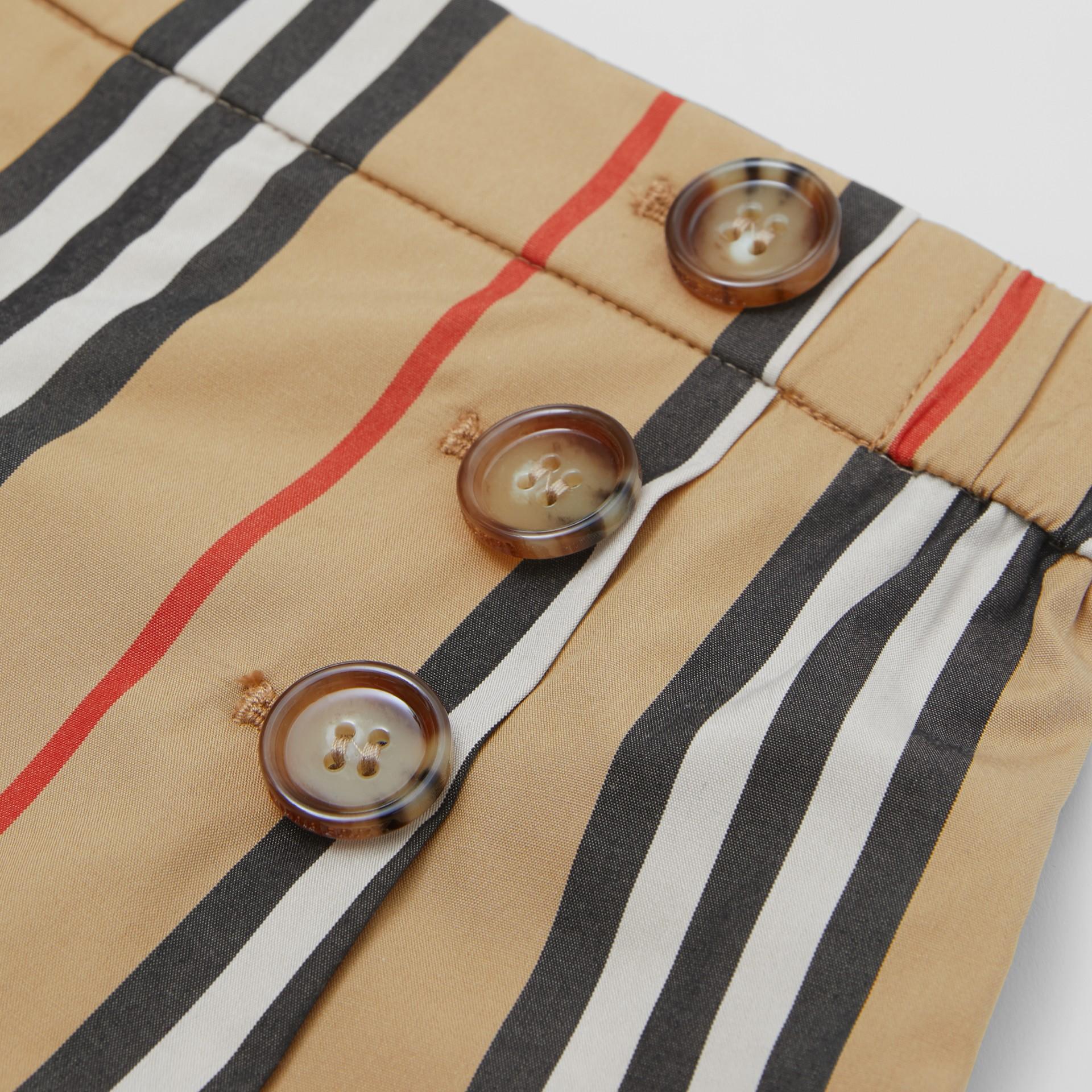 Icon Stripe Cotton Poplin Sailor Shorts in Archive Beige - Children | Burberry United Kingdom - gallery image 1