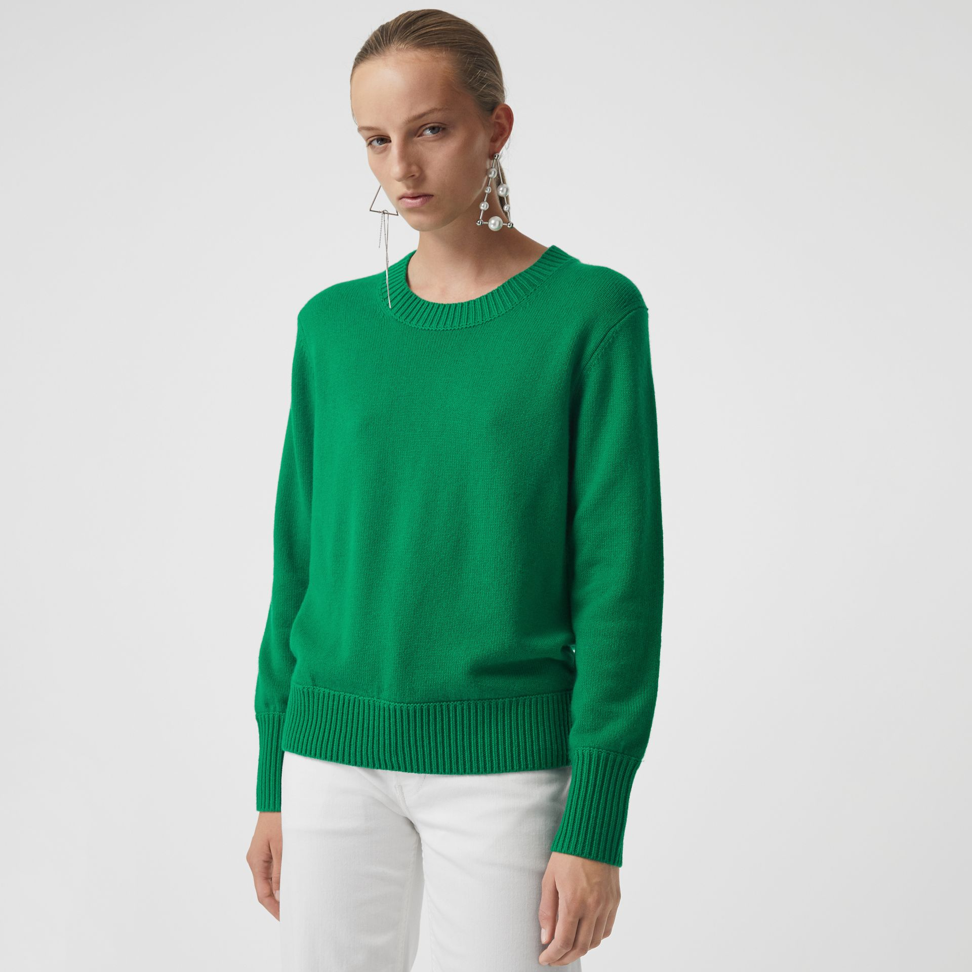 Archive Logo Appliqué Cashmere Sweater in Vibrant Green - Women | Burberry Australia - gallery image 0