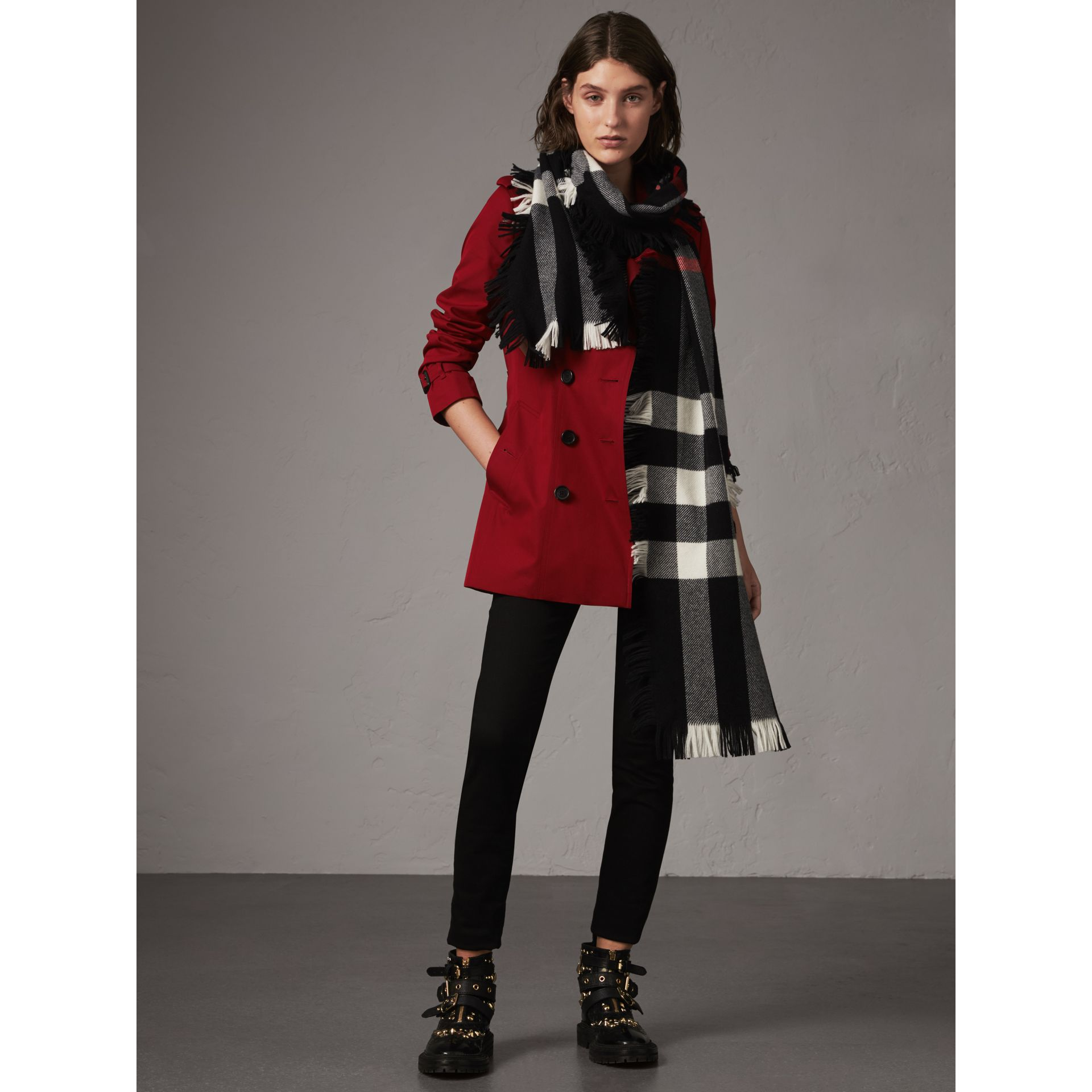 The Sandringham – Short Trench Coat in Parade Red - Women | Burberry - gallery image 8