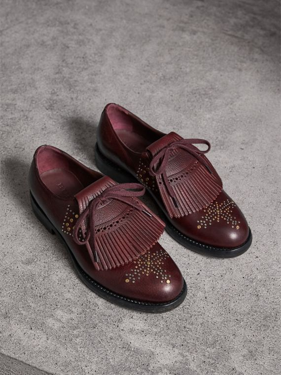 Lace-up Kiltie Fringe Riveted Leather Loafers in Cerise Purple