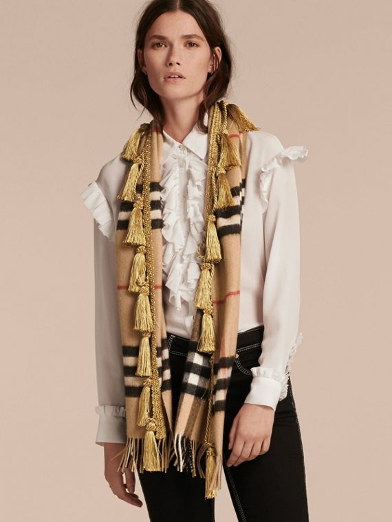 Camel The Classic Cashmere Scarf in Check with tassels - cell image 2