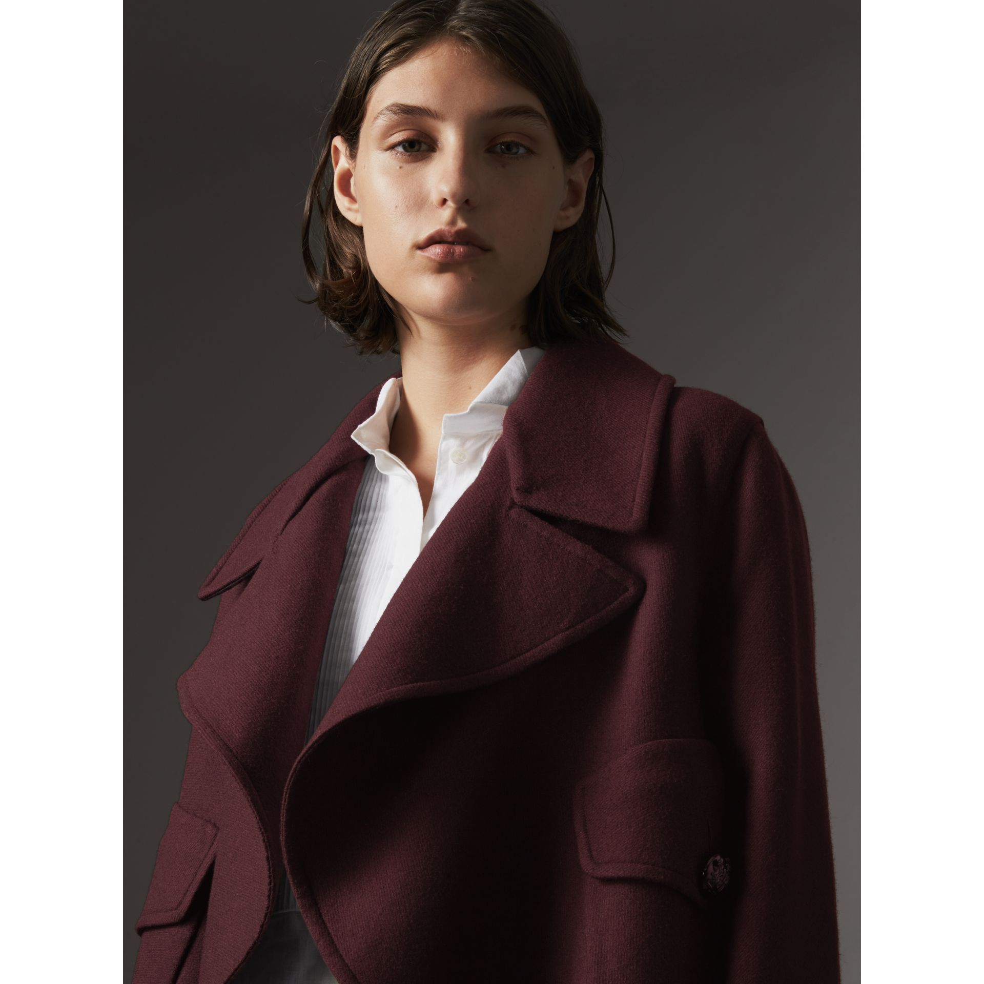 Manteau portefeuille en laine et cachemire double face (Bordeaux Intense) - Femme | Burberry - photo de la galerie 5