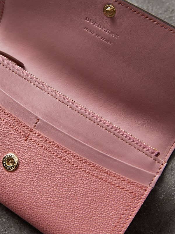 Grainy Leather Slim Continental Wallet in Dusty Pink - Women | Burberry - cell image 3