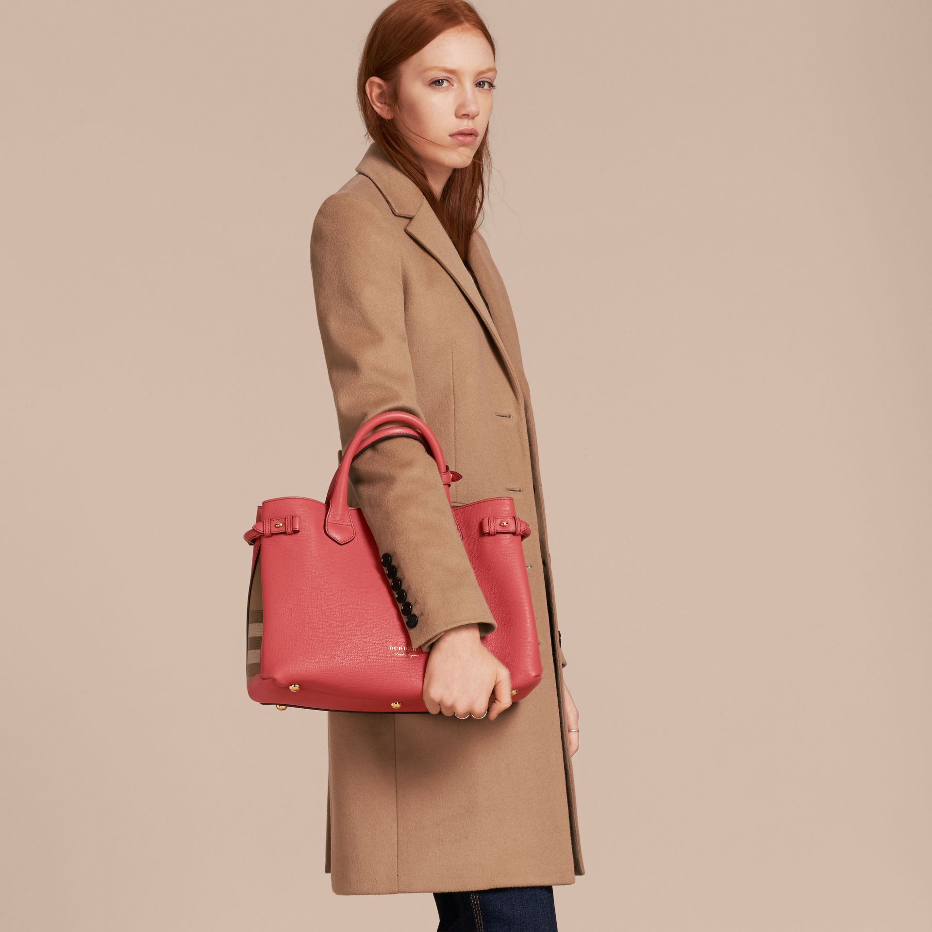 The Medium Banner in Leather and House Check in Cinnamon Red - Women | Burberry - gallery image 3