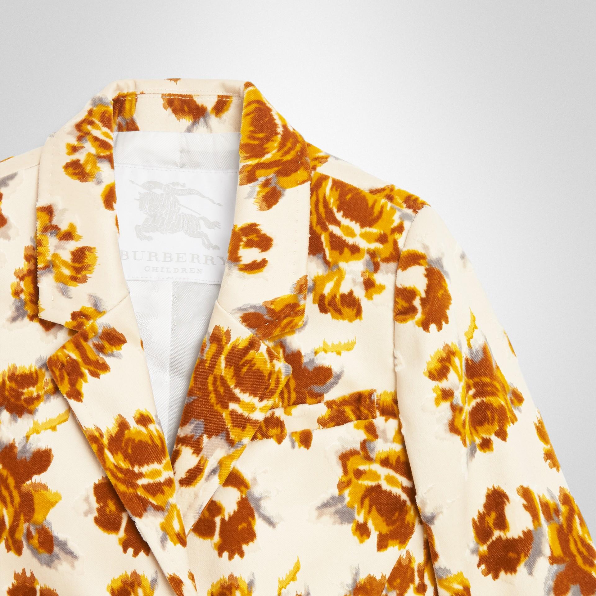 Blazer in jacquard di velluto con decorazione floreale (Senape) | Burberry - immagine della galleria 4
