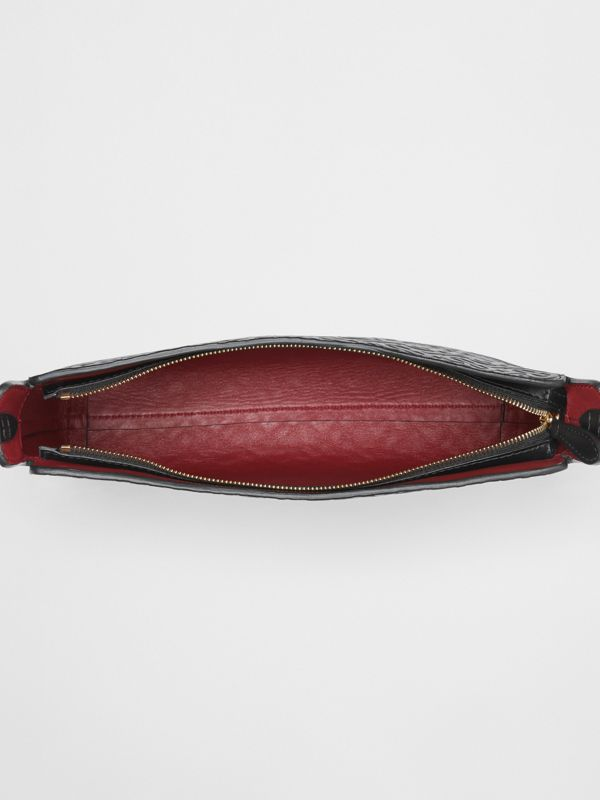 Pochette media in pelle con monogramma (Nero) - Donna | Burberry - cell image 3