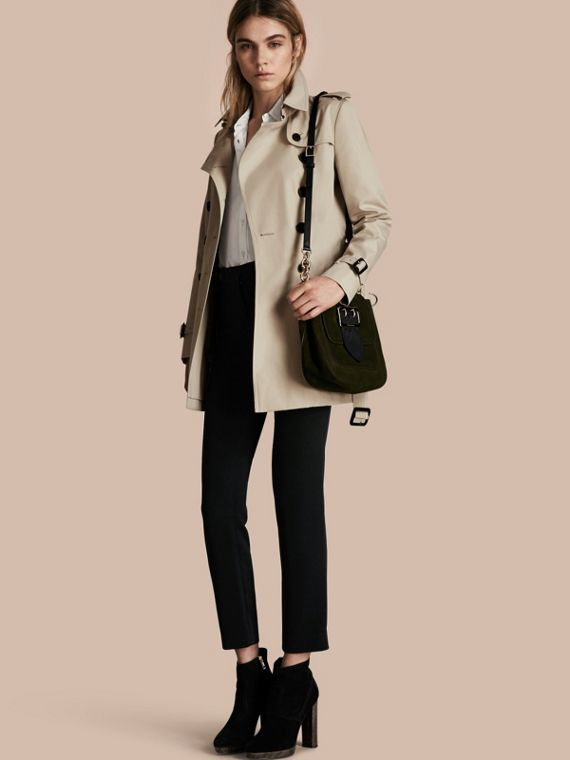 The Chelsea – Short Heritage Trench Coat Stone