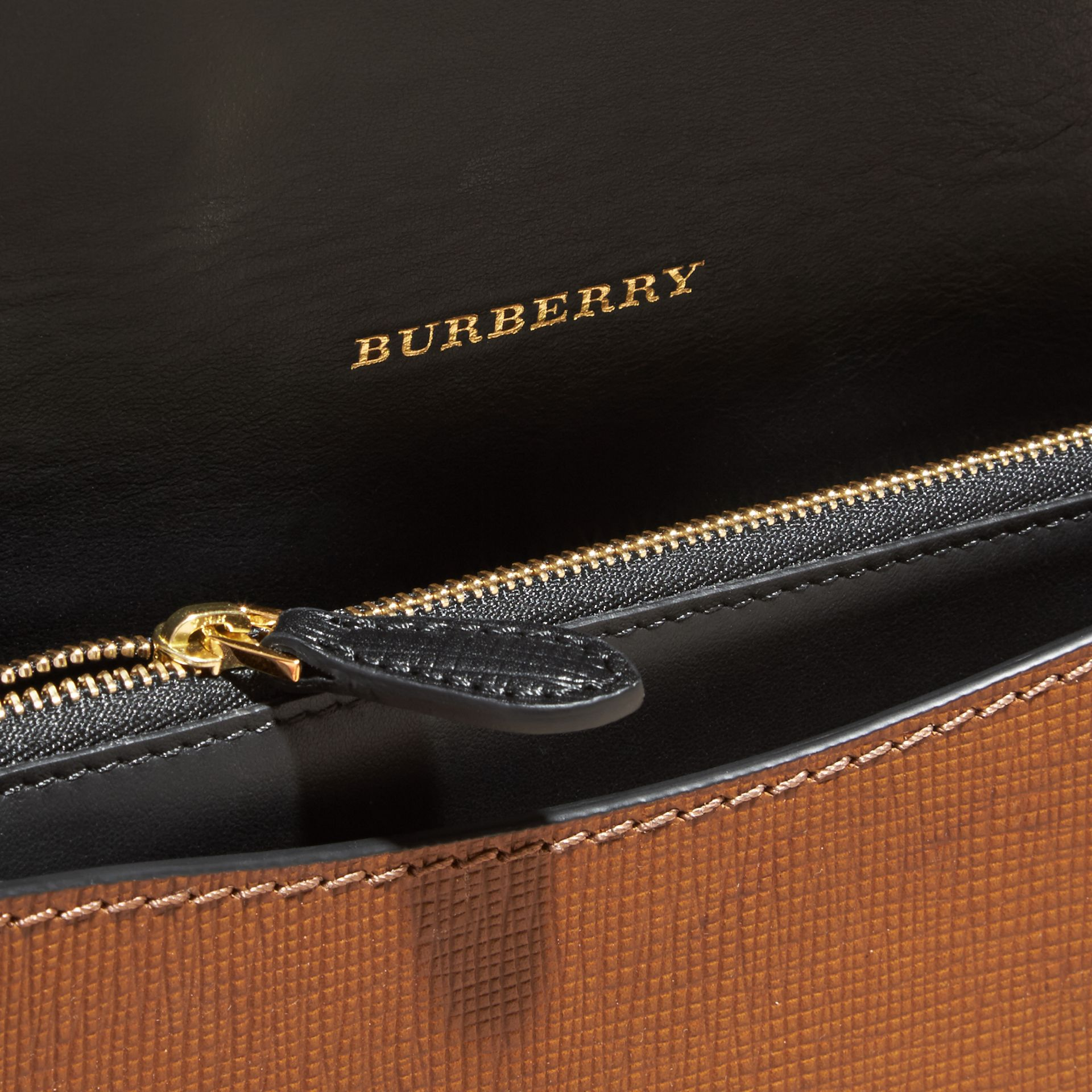 The Medium Buckle Bag in Textured Leather Tan/black - gallery image 6