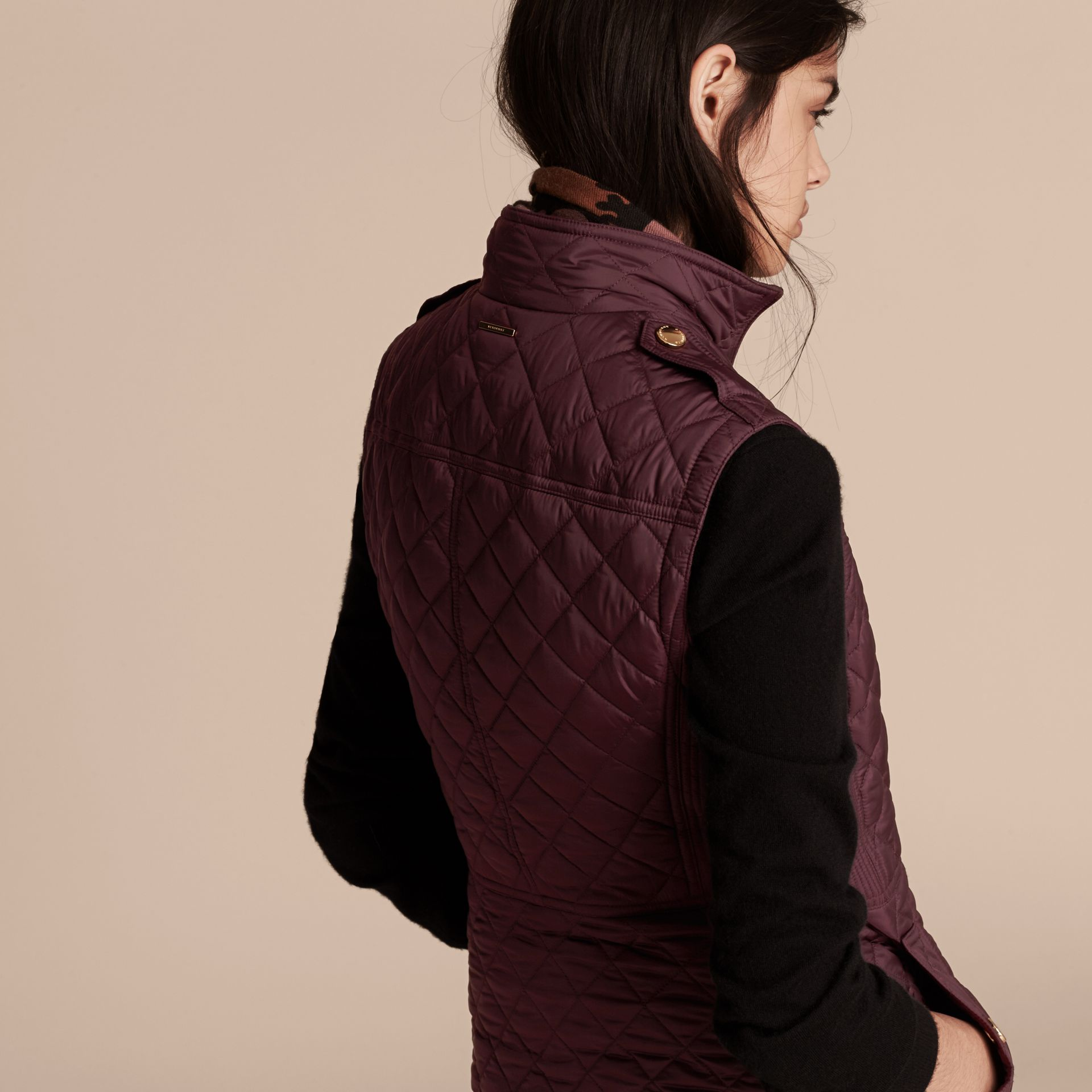 Dark elderberry Diamond Quilted Gilet Dark Elderberry - gallery image 3