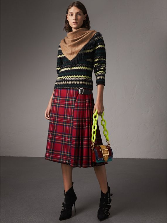 The Burberry Bandana in Cashmere in Camel/black | Burberry United Kingdom - cell image 2