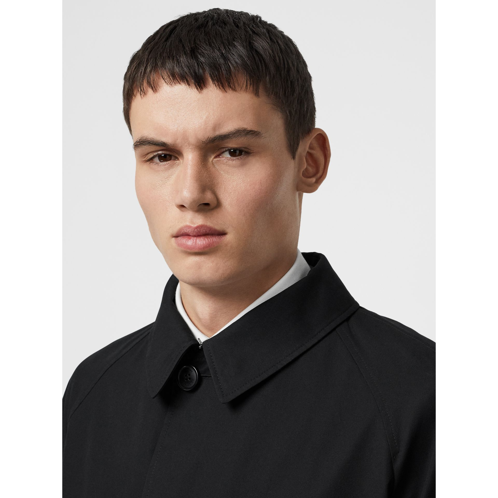 Contrast Shearling Collar Cotton Car Coat in Black - Men | Burberry - gallery image 4