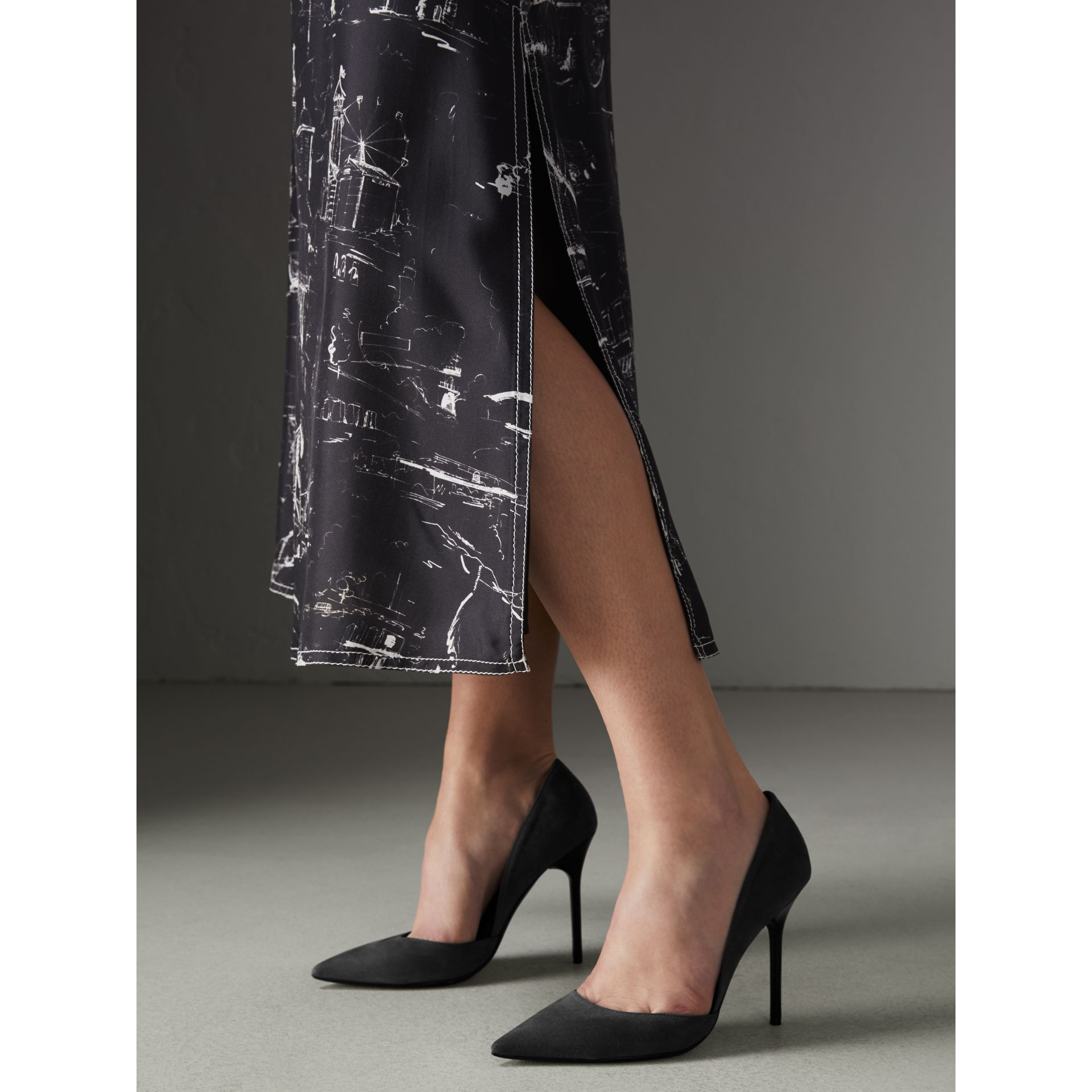 Cutaway Suede Pumps in Black - Women | Burberry - gallery image 2