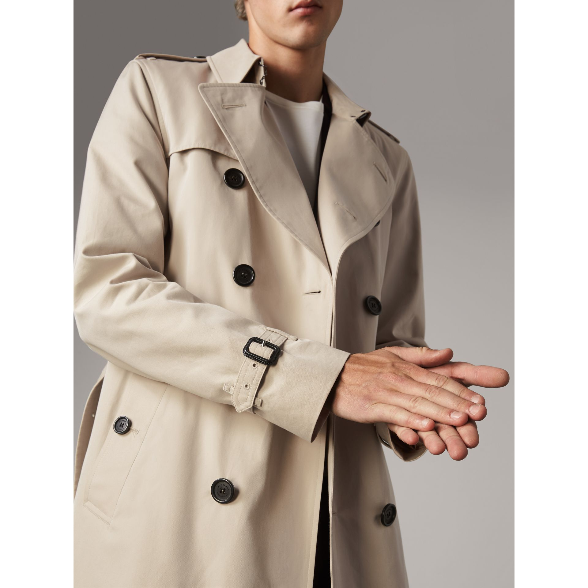 The Kensington – Mid-Length Heritage Trench Coat in Stone - Men | Burberry Canada - gallery image 7