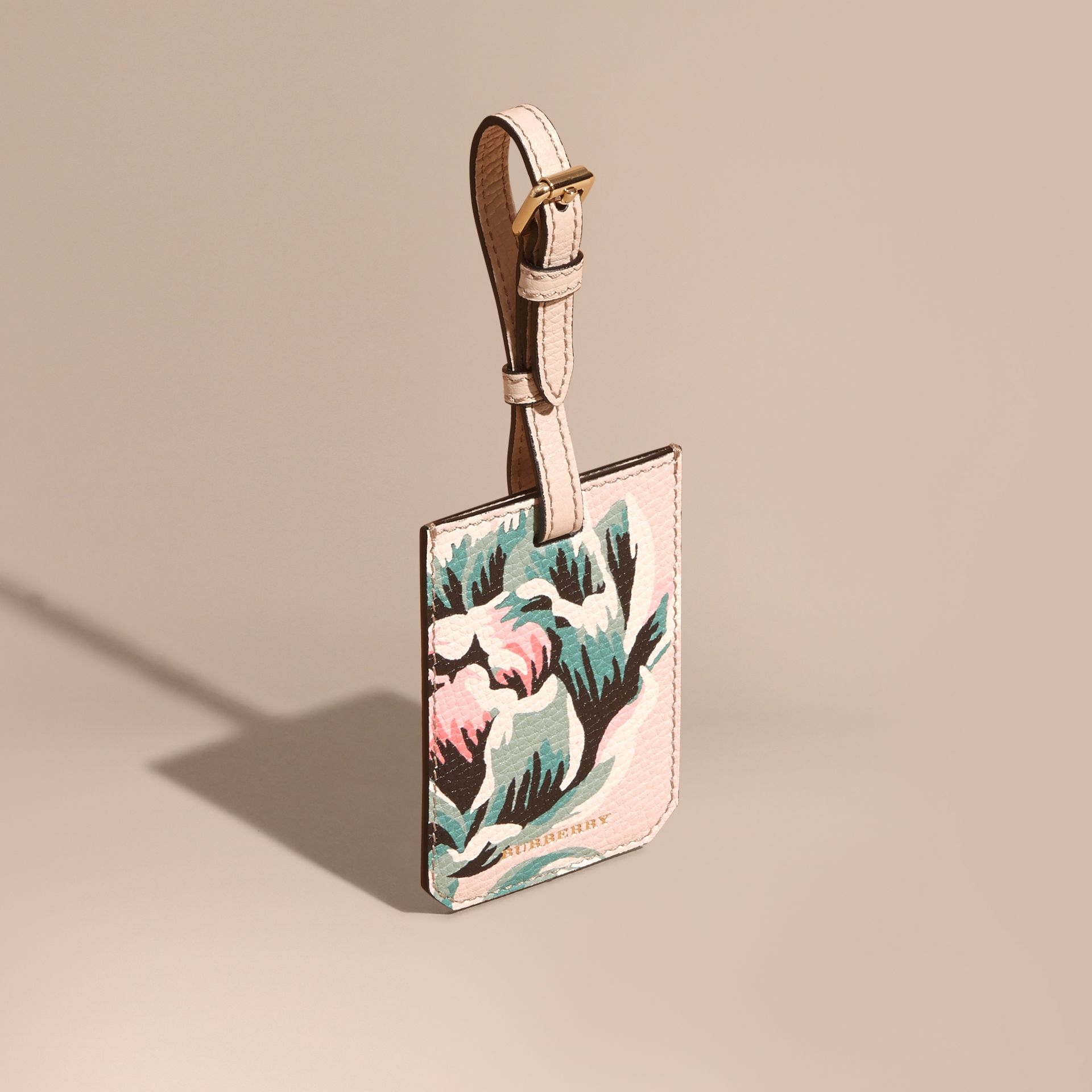 Peony Rose Print Grainy Leather Luggage Tag in Natural / Emerald Green | Burberry - gallery image 1