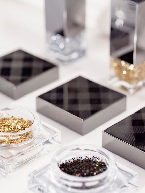 Gold glitter 451 Nail Polish – Gold Glitter No.451 - cell image 3