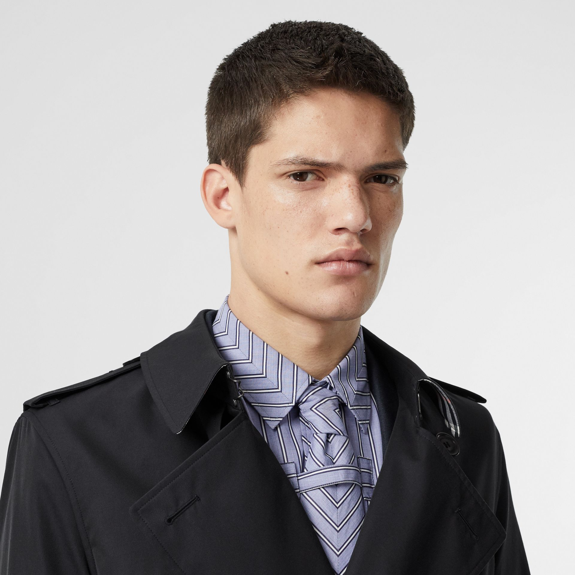 Cotton Gabardine Trench Coat in Midnight Navy - Men | Burberry United Kingdom - gallery image 1