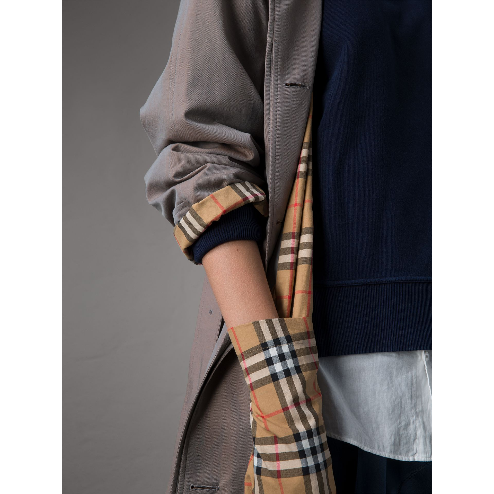 The Brighton – Extra-long Car Coat in Lilac Grey - Women | Burberry Singapore - gallery image 7