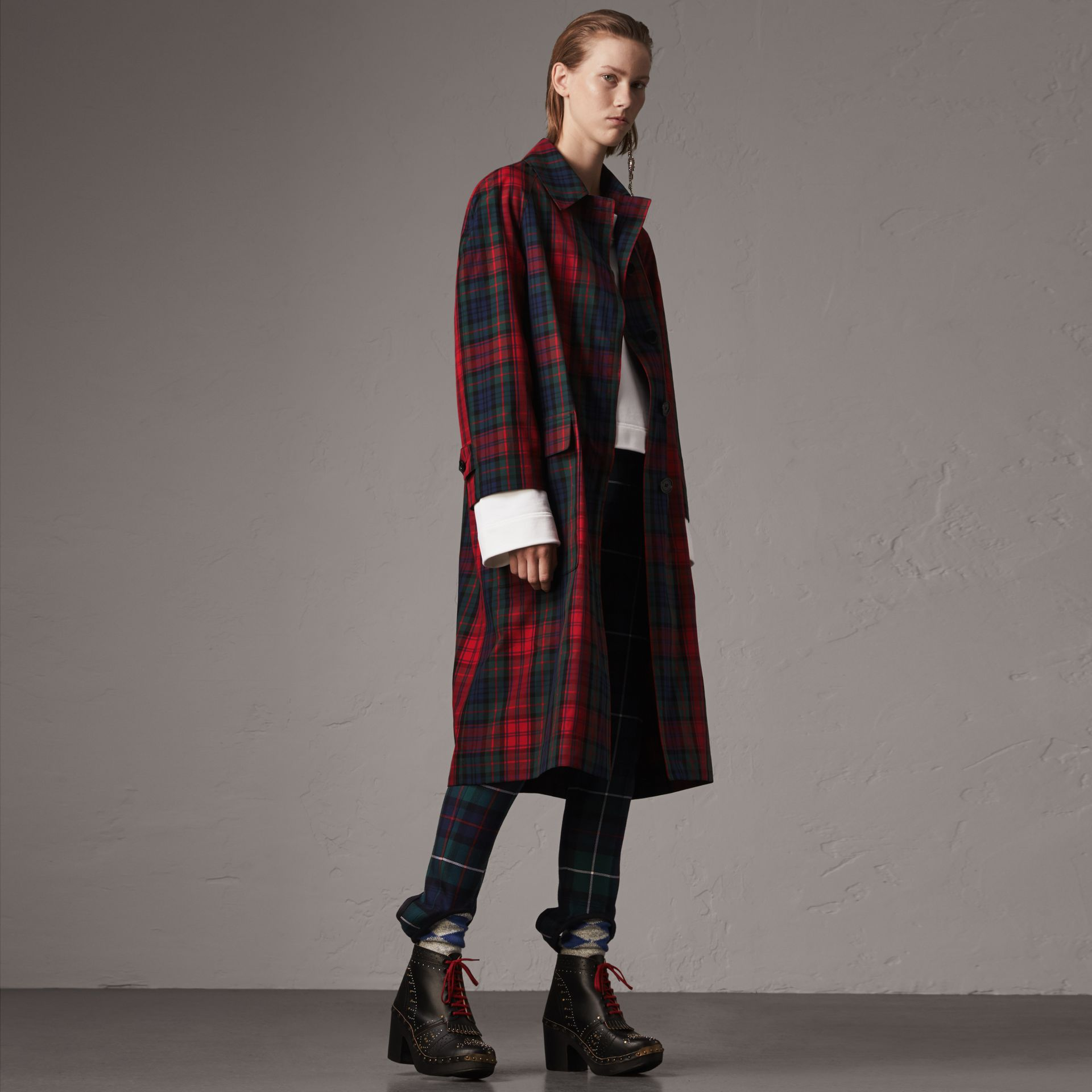Tartan Cotton Gabardine Car Coat in Bright Red - Women | Burberry Singapore - gallery image 0