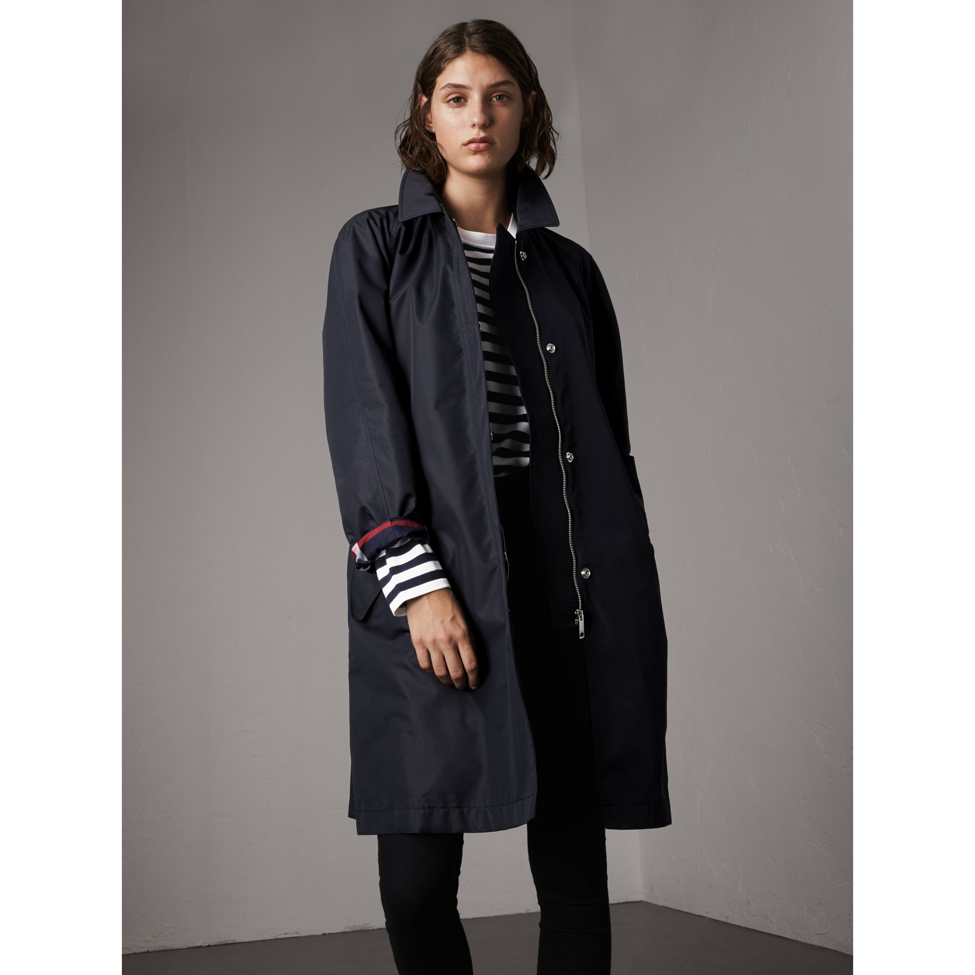 Detachable Hood Cotton Blend Car Coat in Navy - Women | Burberry - gallery image 6