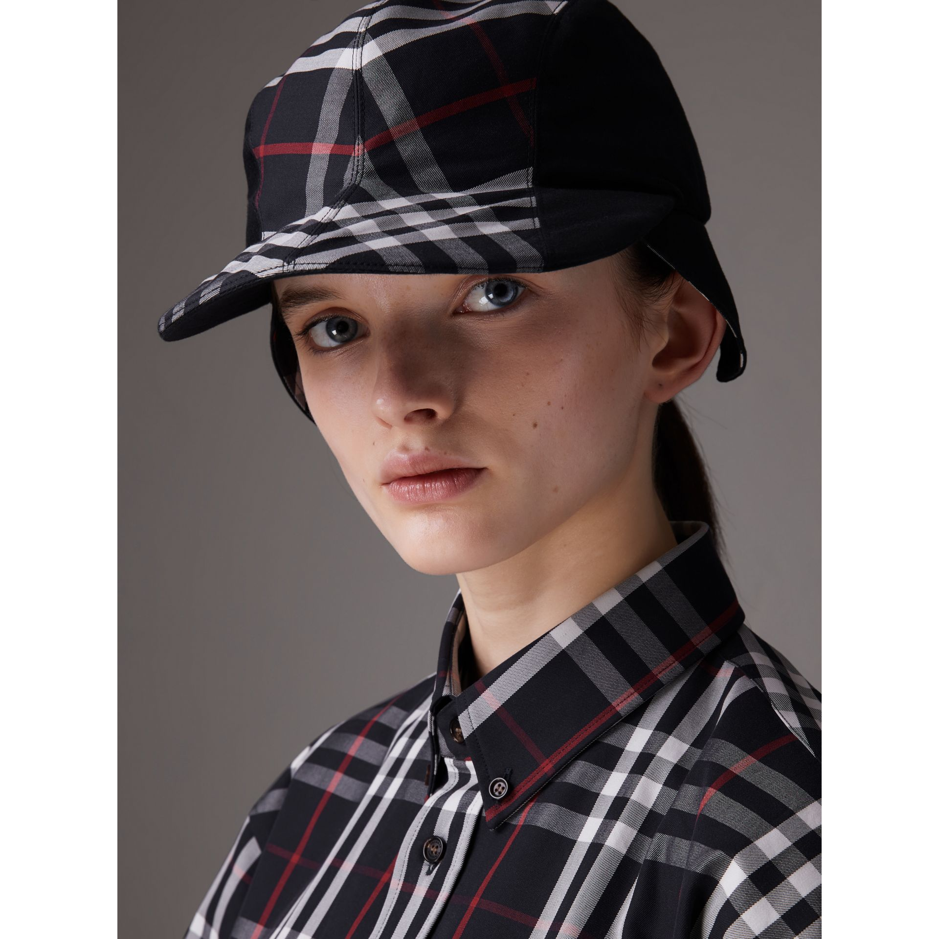 Gosha x Burberry Duckbill Cap in Navy | Burberry - gallery image 5