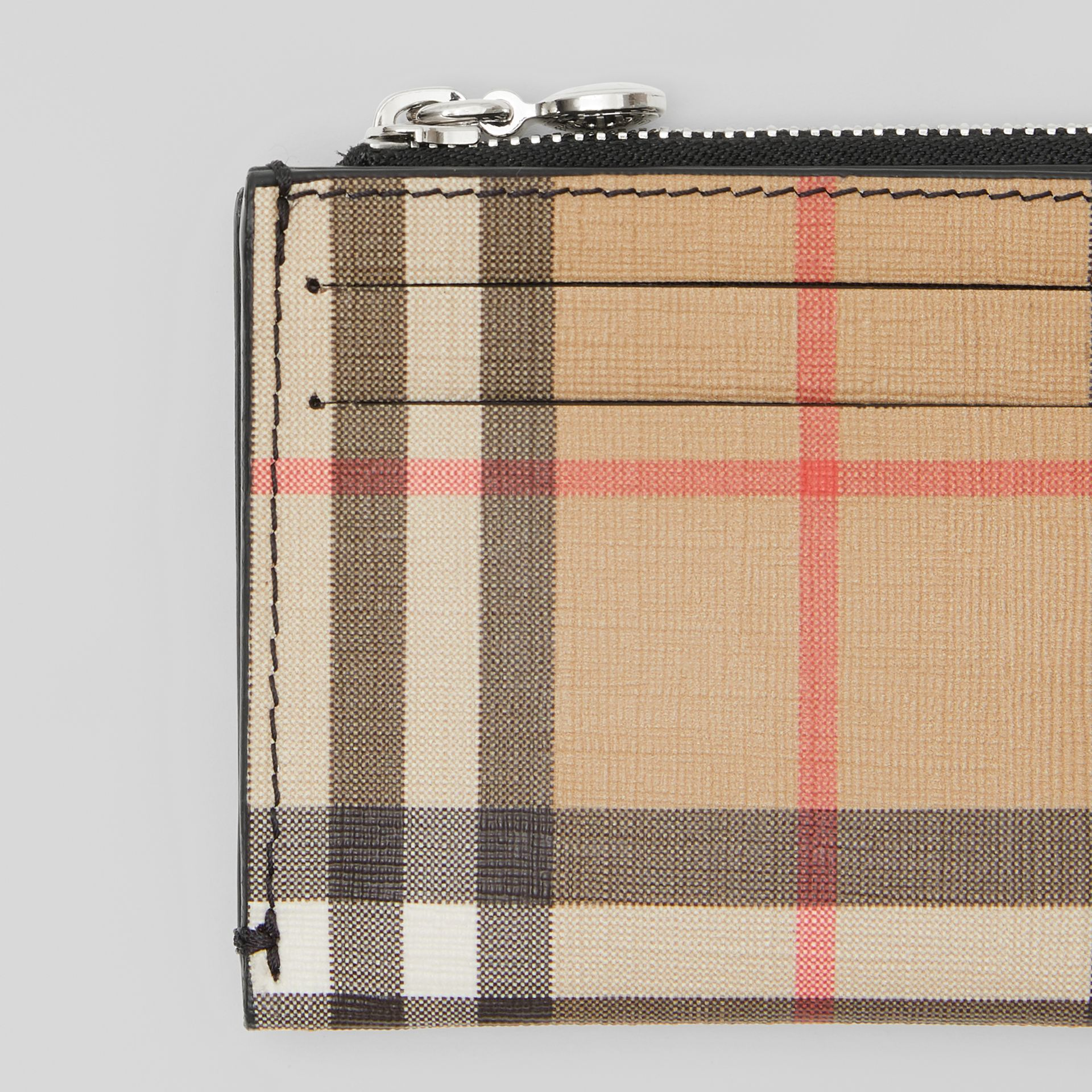 Vintage Check and Leather Zip Card Case in Black - Women | Burberry United Kingdom - gallery image 1