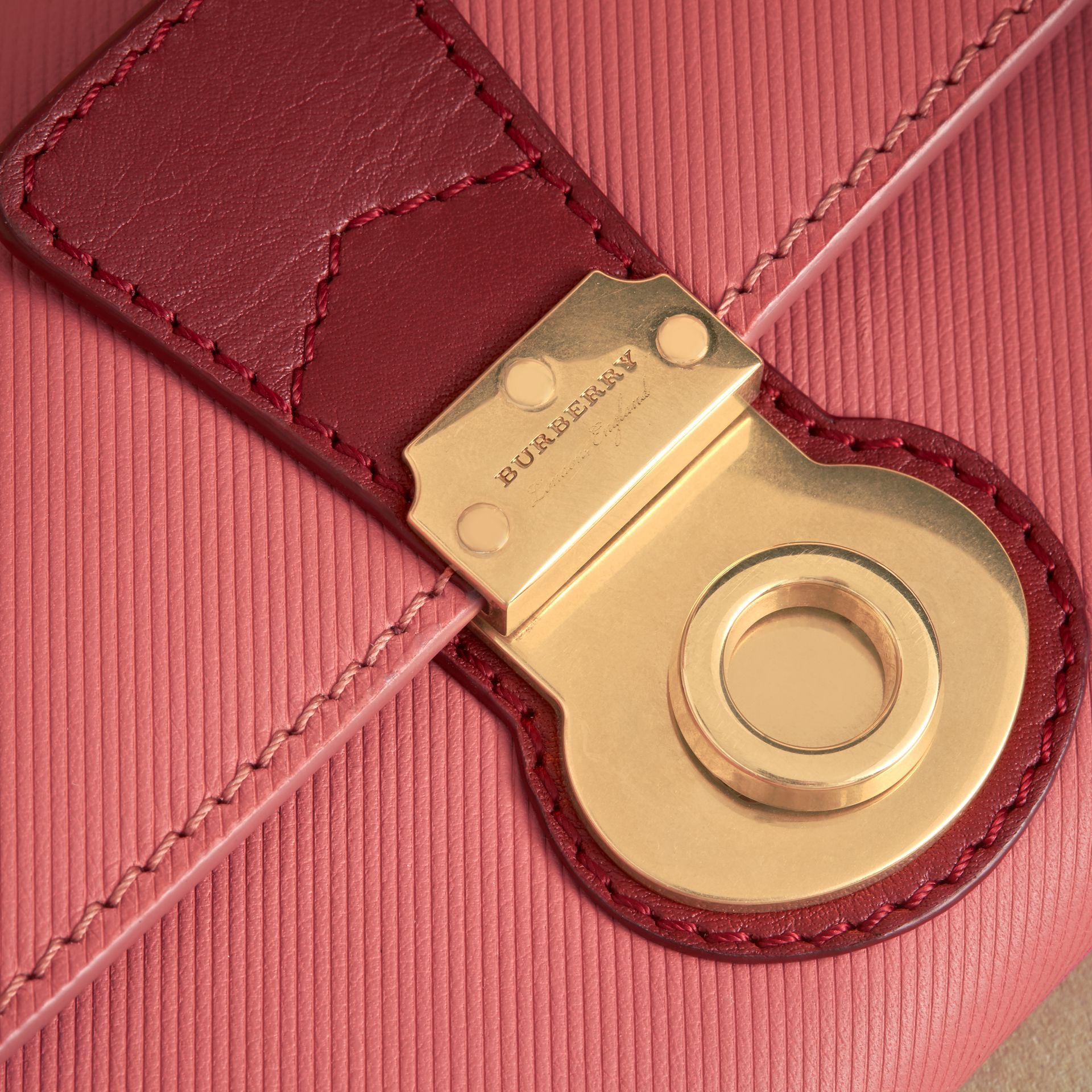 Two-tone Trench Leather Continental Wallet in Blossom Pink/antique Red - Women | Burberry United Kingdom - gallery image 1