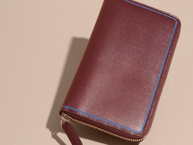 Border Detail London Leather Ziparound Wallet in Burgundy Red - cell image 1