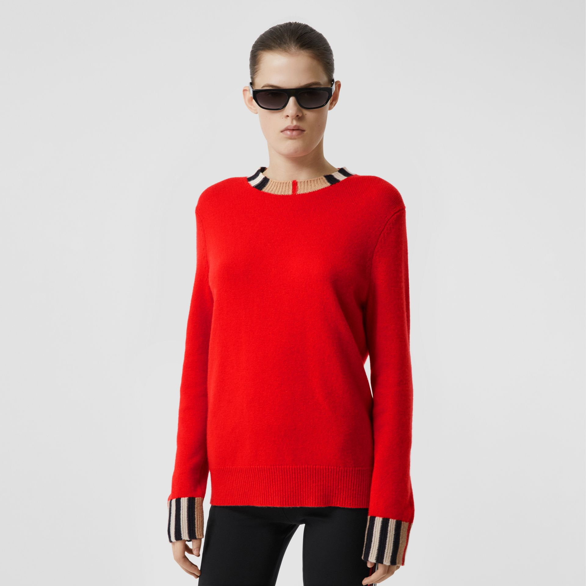 Icon Stripe Trim Cashmere Sweater in Bright Red - Women | Burberry Hong Kong S.A.R - gallery image 5