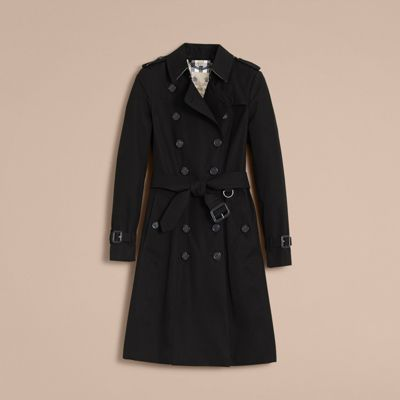 The Chelsea – Long Heritage Trench Coat Black | Burberry