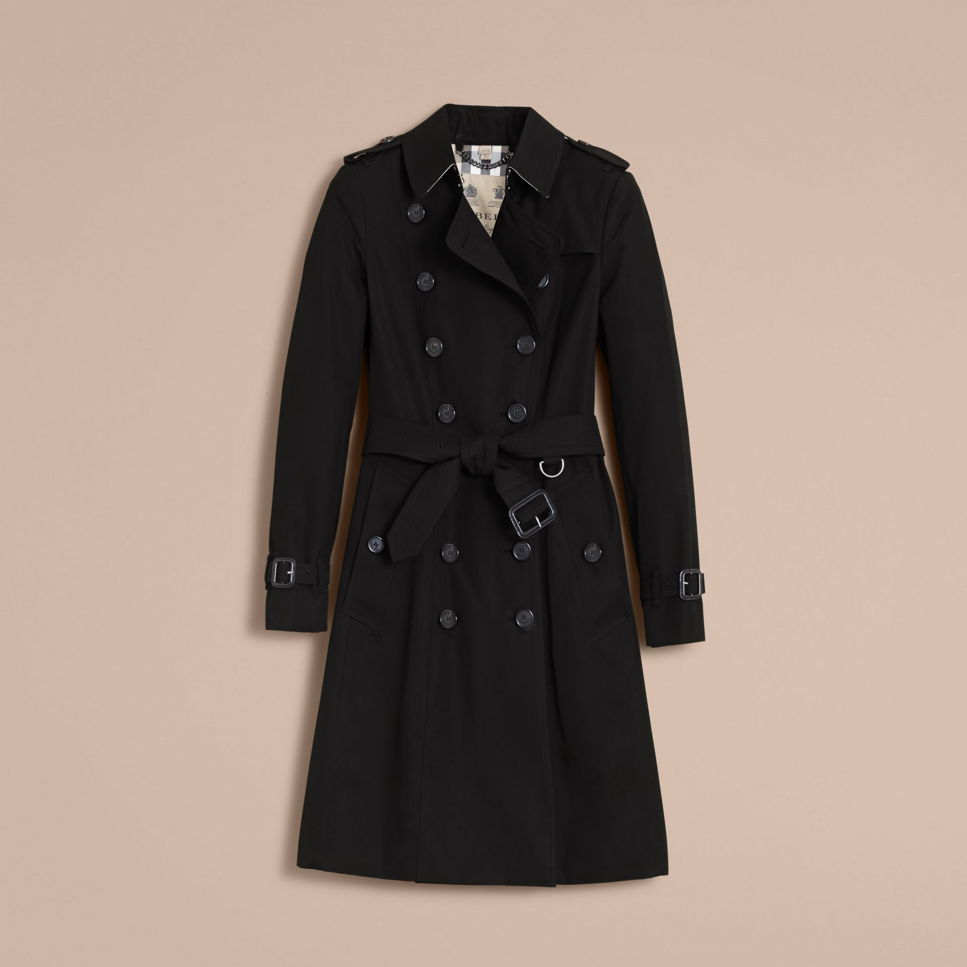 The Chelsea – Long Heritage Trench Coat in Black - Women | Burberry - gallery image 4
