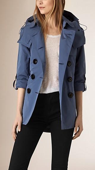 Trench coat impermeable con capucha de quita y pon
