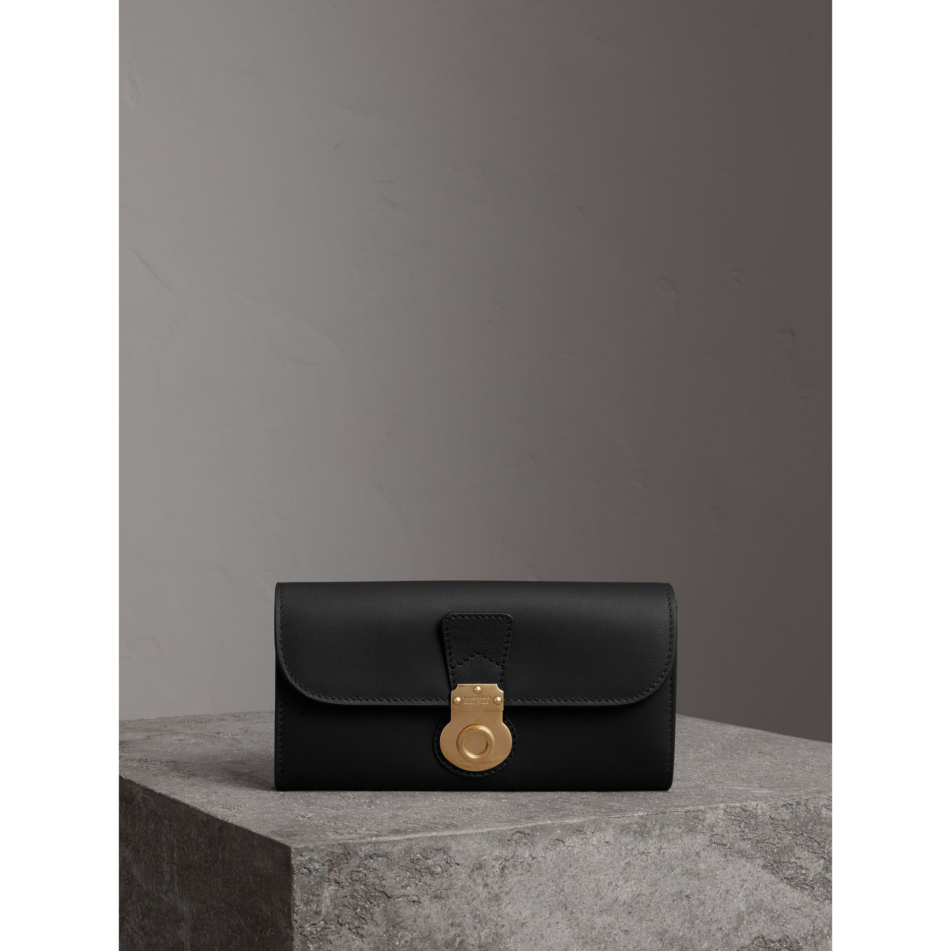 Trench Leather Continental Wallet in Black - Women | Burberry - gallery image 4