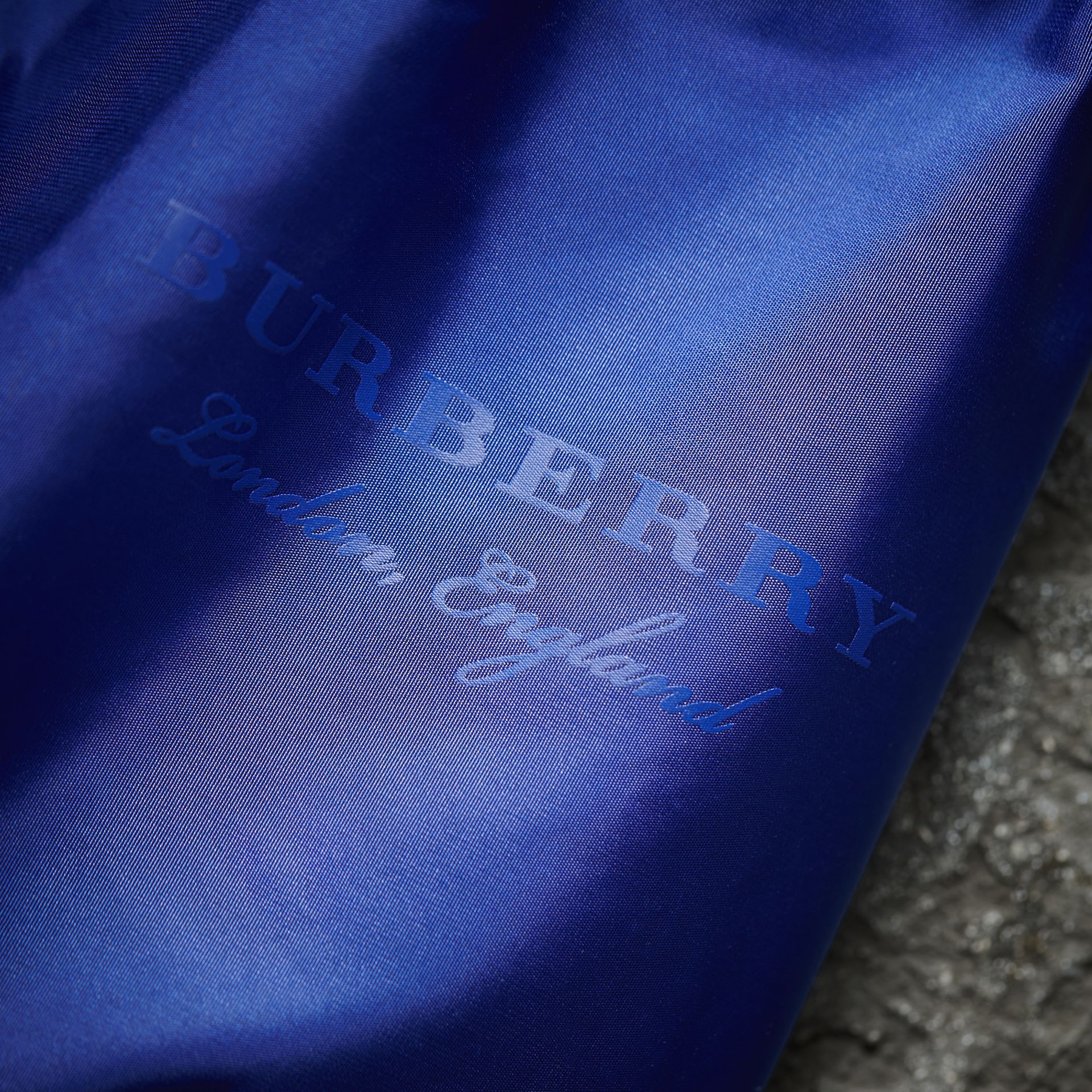 Ruched Showerproof Jacket in Sapphire Blue - Women | Burberry - gallery image 2