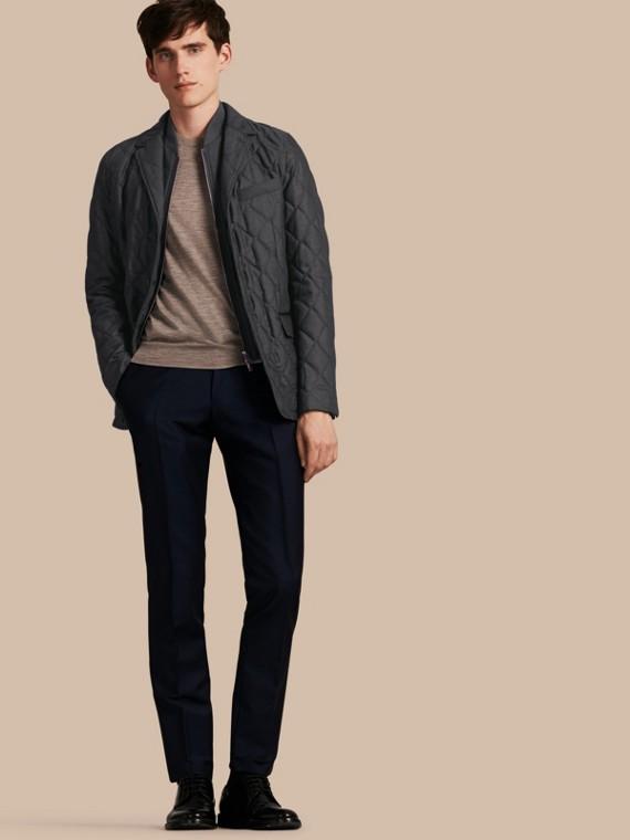 Jaqueta de lã com warmer removível e textura acolchoada