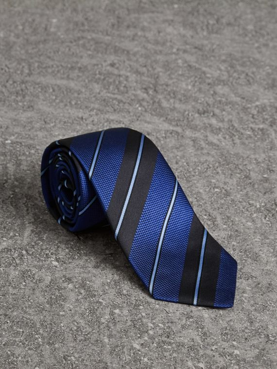 Modern Cut Striped Silk Tie in Navy