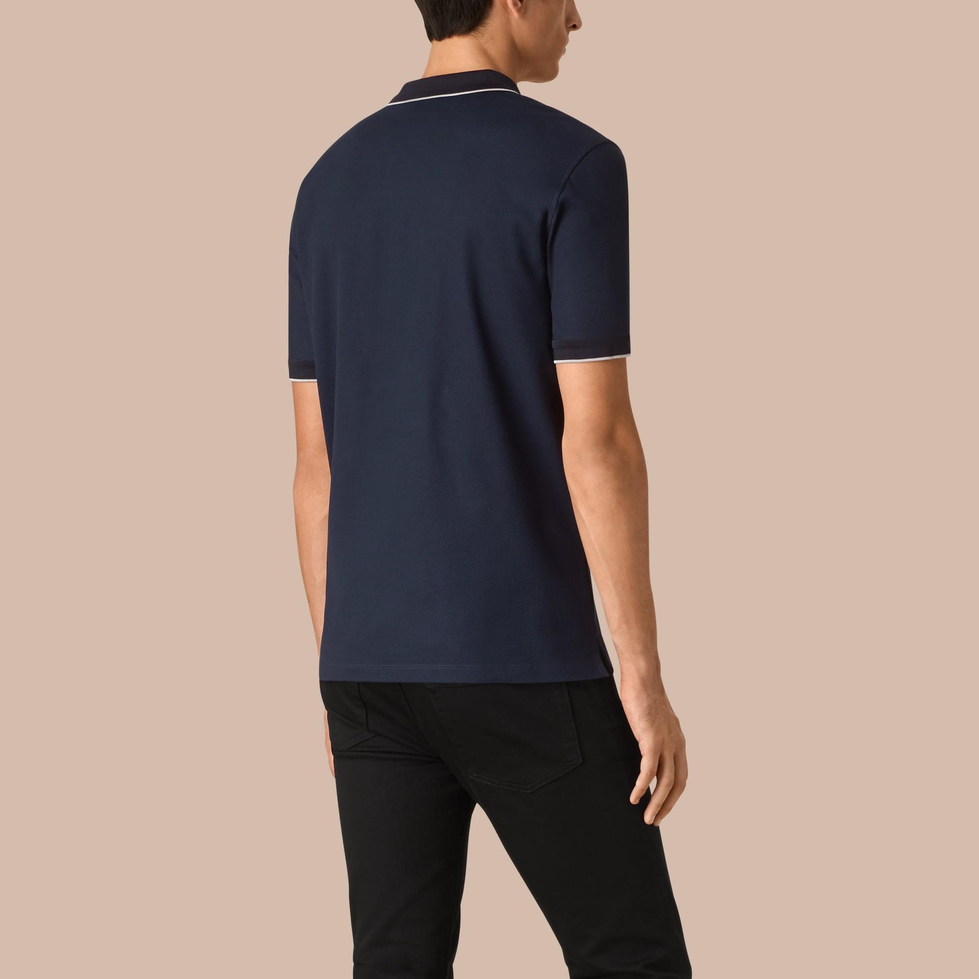 Marineblau/grau Poloshirt mit Kontraststreifen aus Baumwollpiqué Marineblau/grau - Galerie-Bild 2