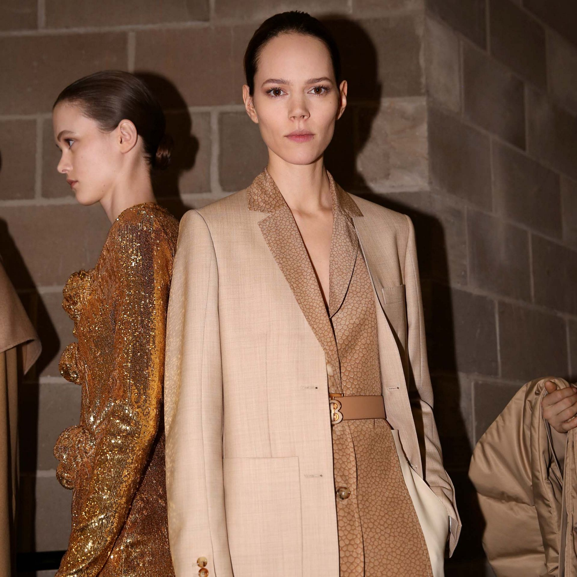 Fish-scale Print Bib Detail Wool Tailored Jacket in Ecru - Women | Burberry Singapore - gallery image 7