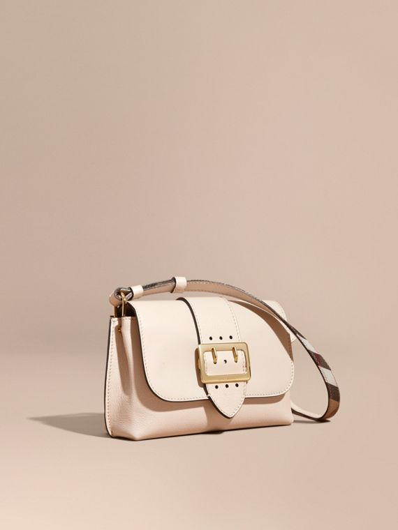 The Buckle Crossbody Bag in Leather Limestone