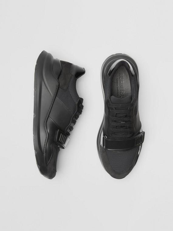 Sneakers en cuir velours, néoprène et filet (Noir)